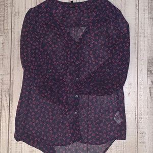 Flower print blouse size small